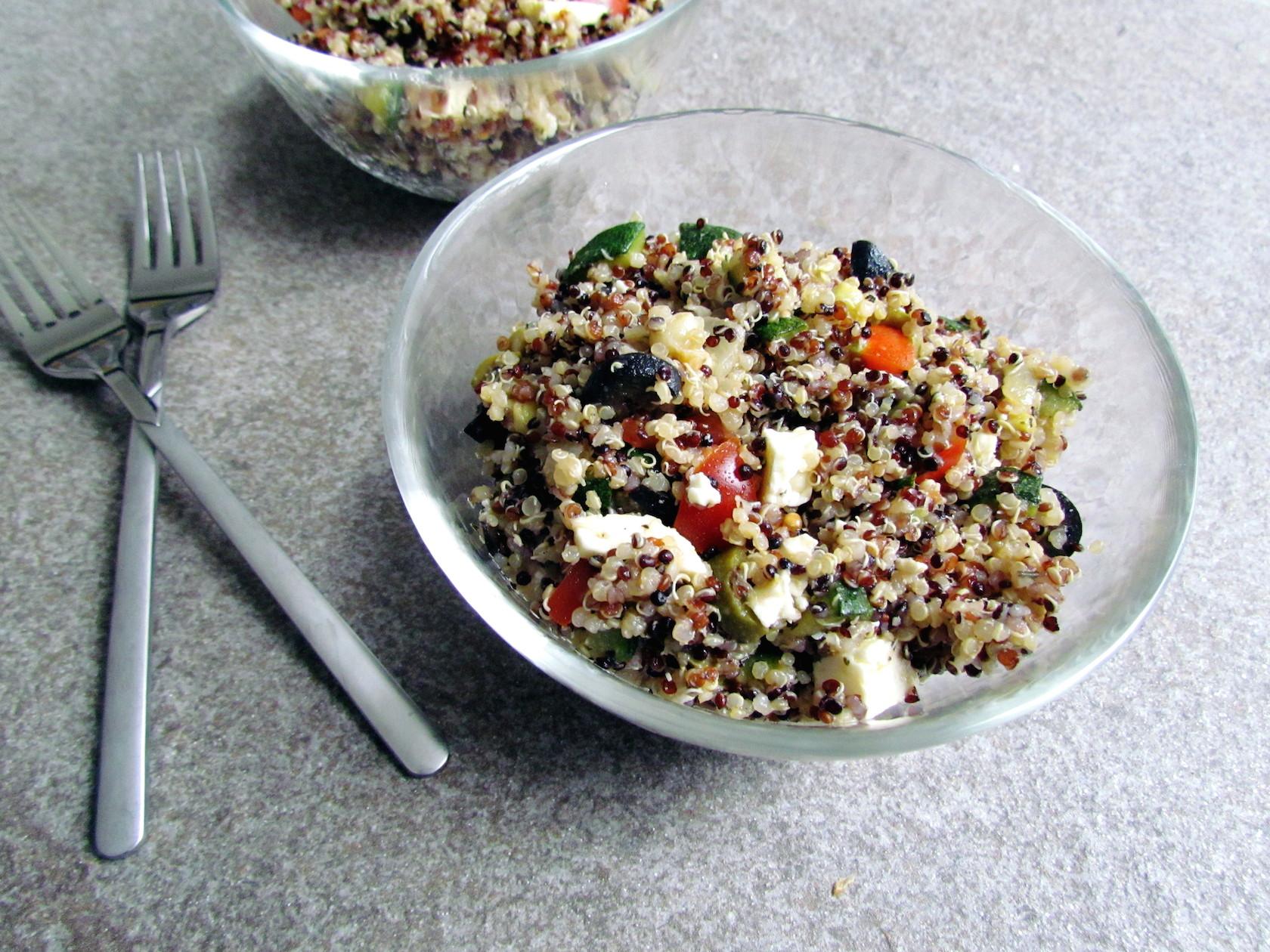 salade de quinoa méditerranéenne | www.savormania.com