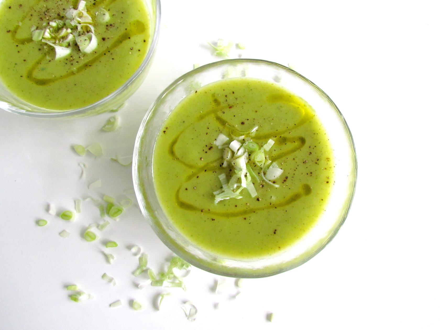 soupe de courgettes et poireaux | www.savormania.com