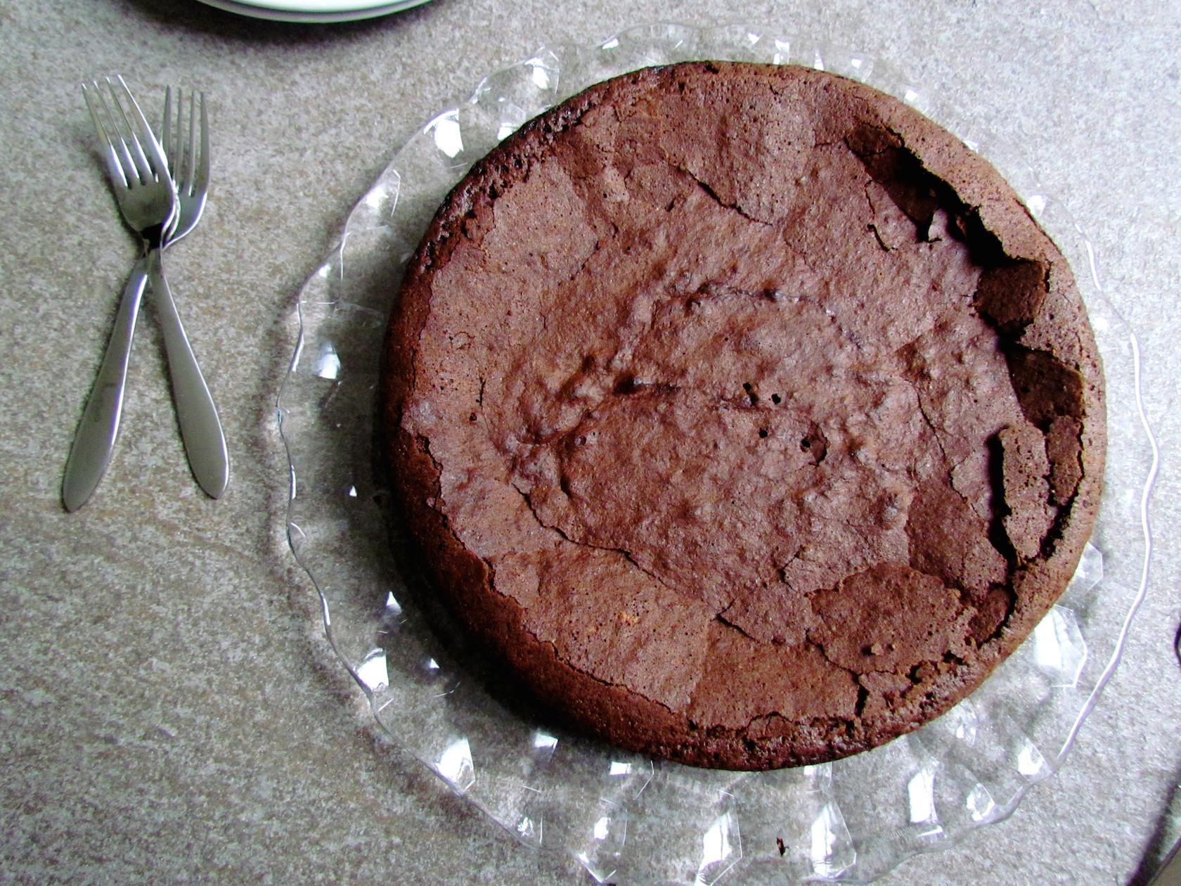 ultra-moist gluten-free chocolate cake – Savormania