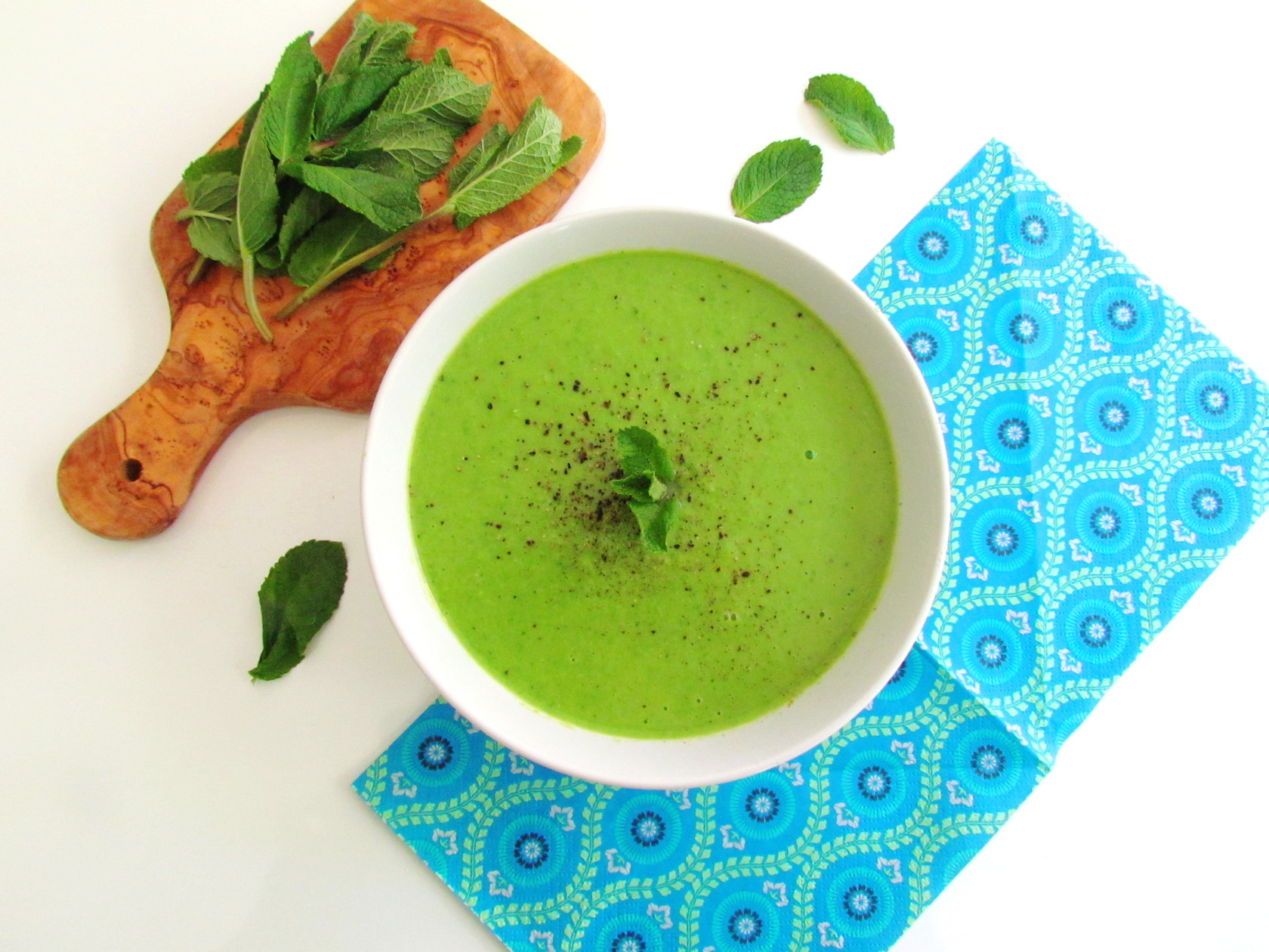 mint pea soup | www.savormania.com