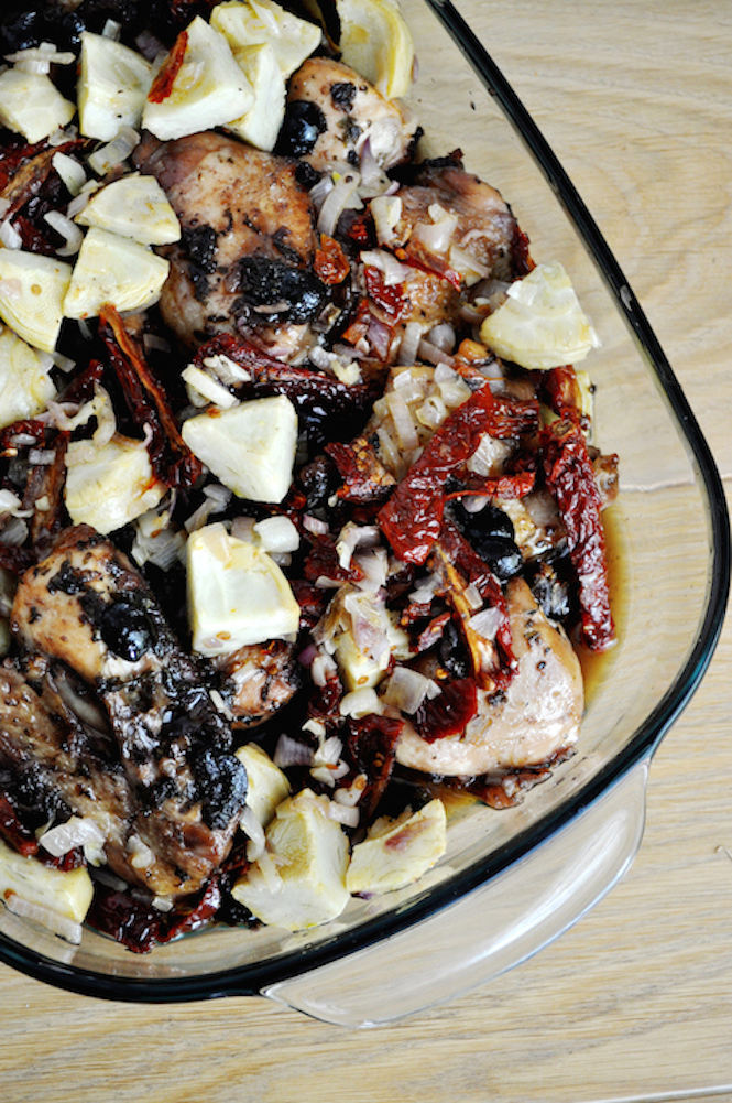 roasted chicken with artichokes and sun-dried tomatoes | Savormania