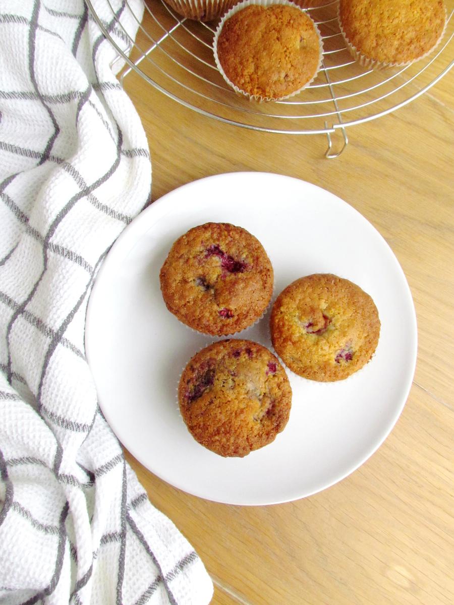 raspberry coconut muffins | Savormania