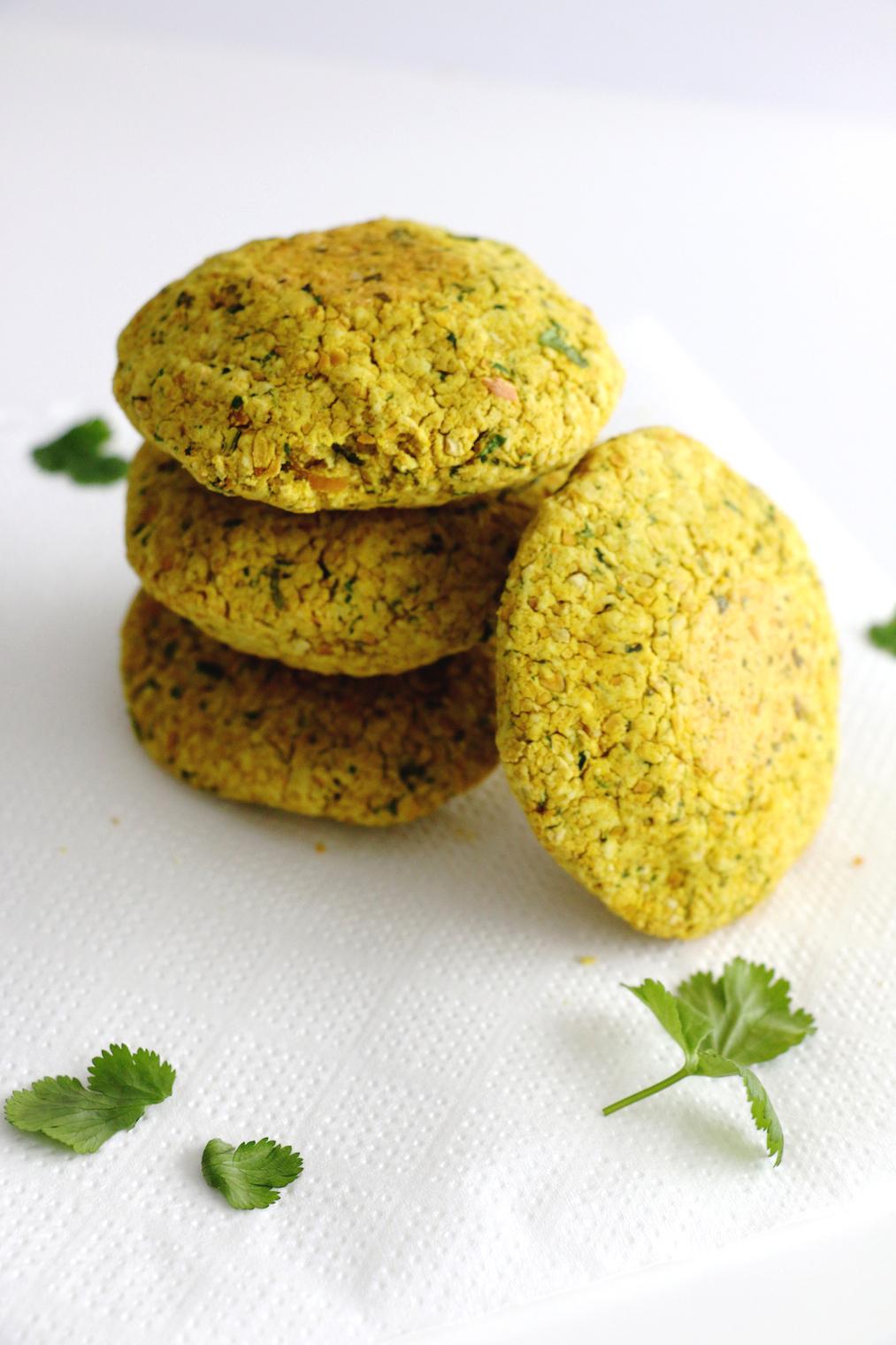 easy baked falafel | www.savormania.com